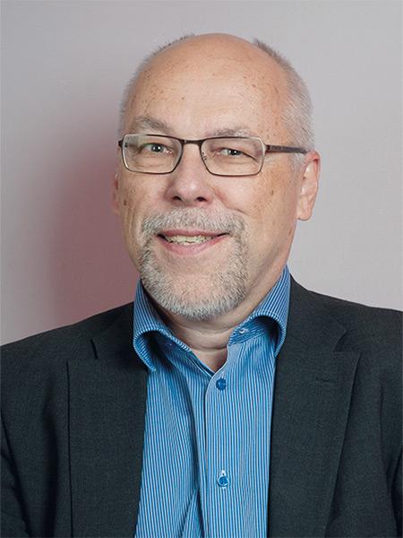 KPY:n edustajisto Erkki Virtanen
