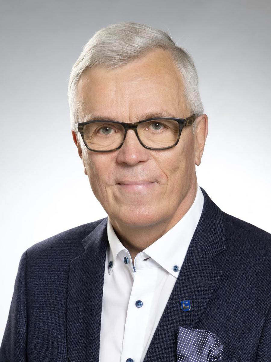 KPY:n edustajiston puheenjohtaja Pekka Kantanen