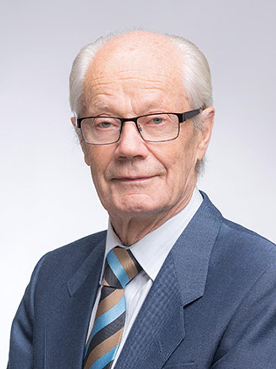 KPY:n edustajisto Antti Tapaninaho