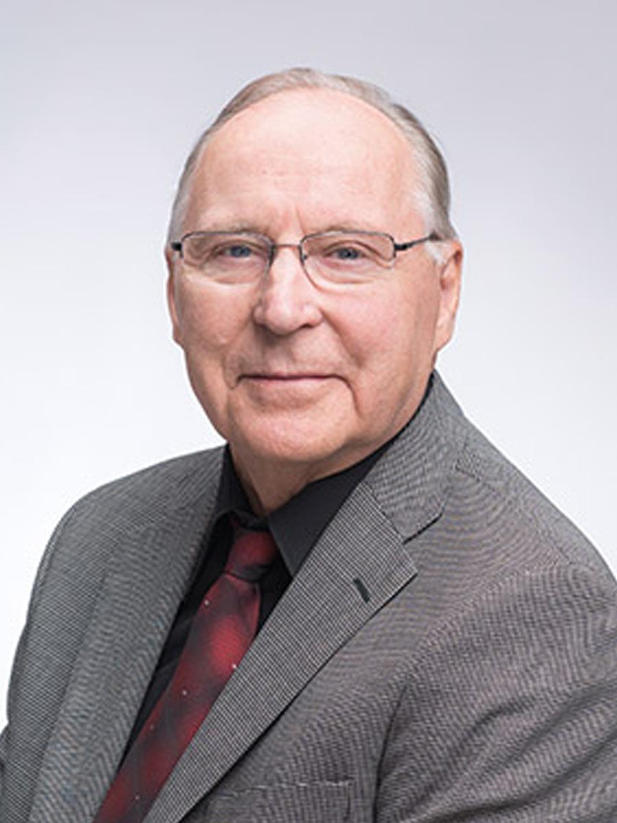 KPY:n edustajisto Mauri Hiltunen